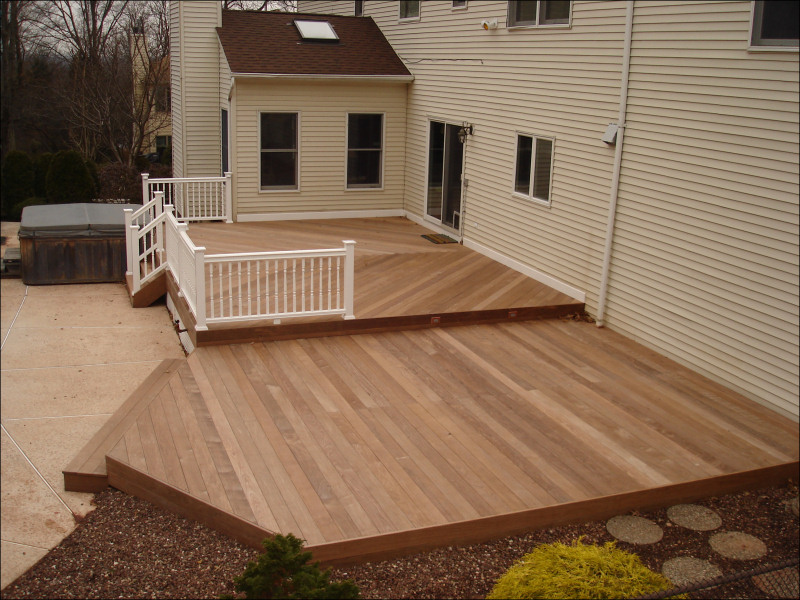 Bridgewater, NJ - Ipe Deck with Fiberon Railing | Deck Pros